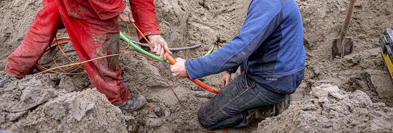<span>Aanleg en montage van</span> kabels en <br>leidingen
